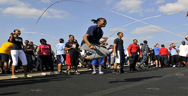 Lompat Tali, olahraga mengecilkan perut buncit, Olahraga mengecilkan perut, tips mengecilkan perut