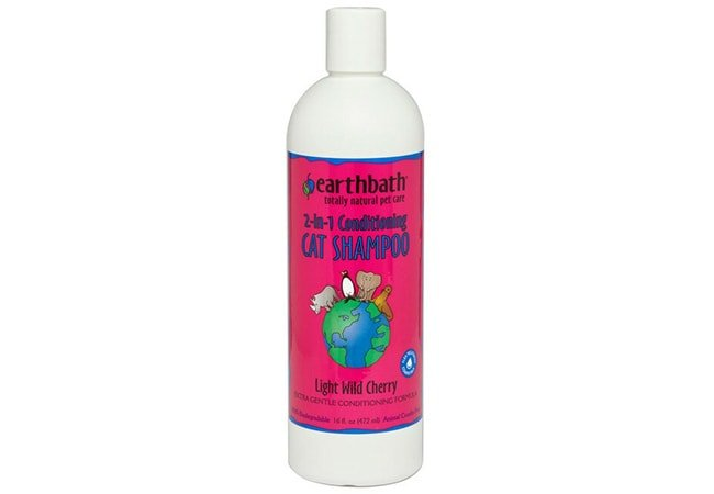 Earthbath 2-in-1 Light Wild Cherry Conditioning Cat Shampoo