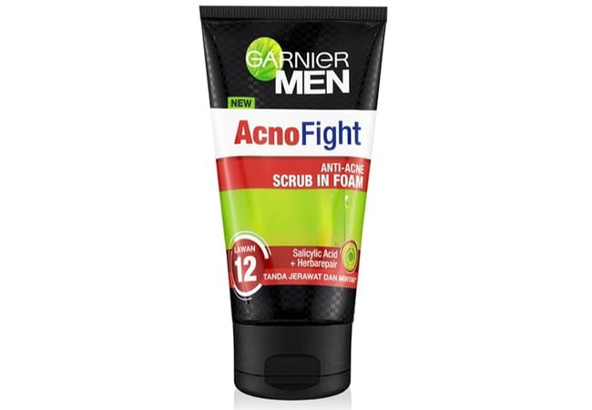 Garnier Acno Fight Anti-Acne Scrub In Foam