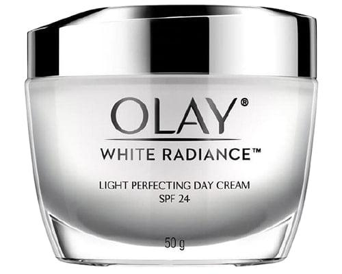 Olay White Radiance Light Perfecting Day Cream SPF24, Cream Penghilang Flek Hitam Usia 40